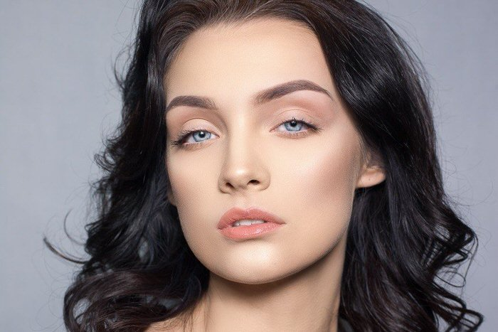 3 examples of nude makeup for those who love naturalness