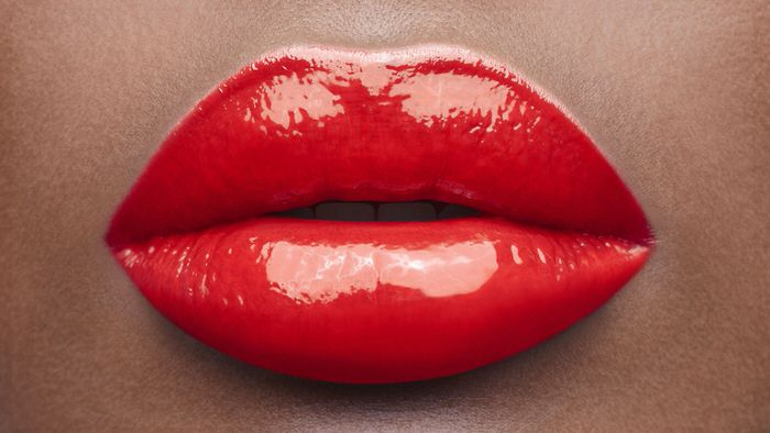 3 effective techniques to visually enlarge lips