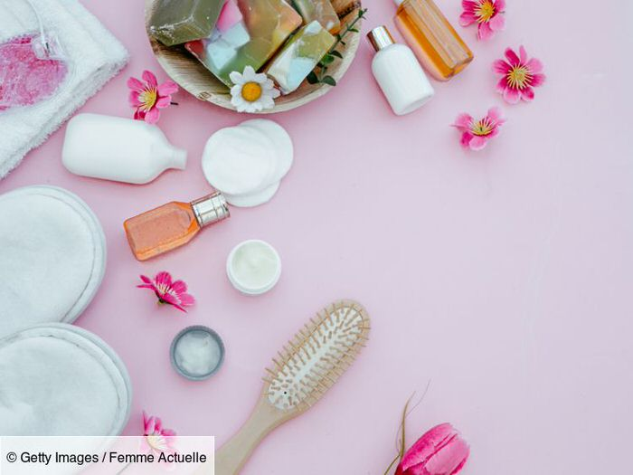 How to properly disinfect and clean your beauty products?