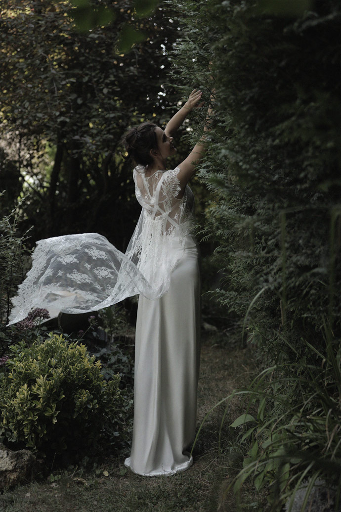 """Wedding dress """"Love Is Like A Rose"""" - Collection 2019    Give me your hand - wedding blog"""
