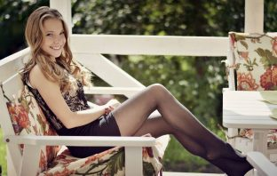 How and what to choose tights to look stylish and appropriate