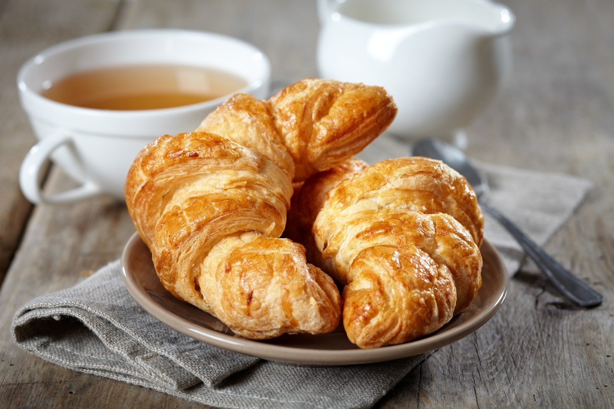 Puff pastry croissants with and without filling