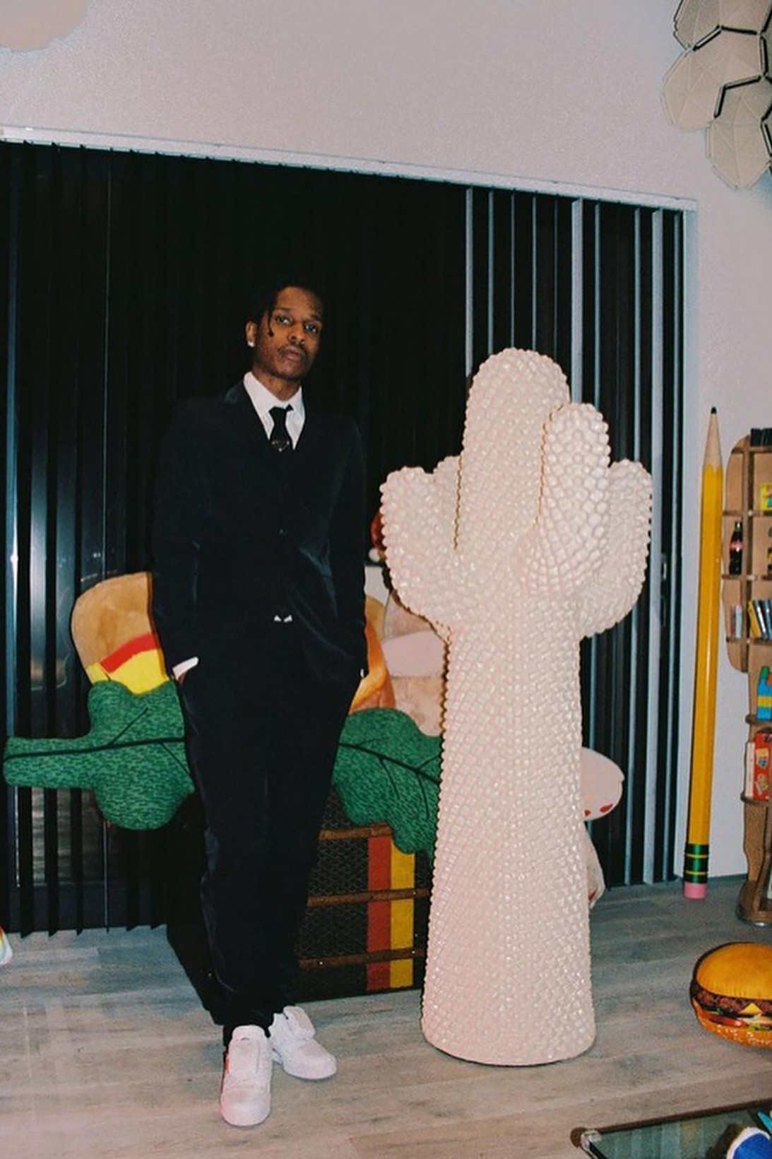 A $ AP Rocky may release a collaboration with Prada.  He has already shown the first thing (photo 2)