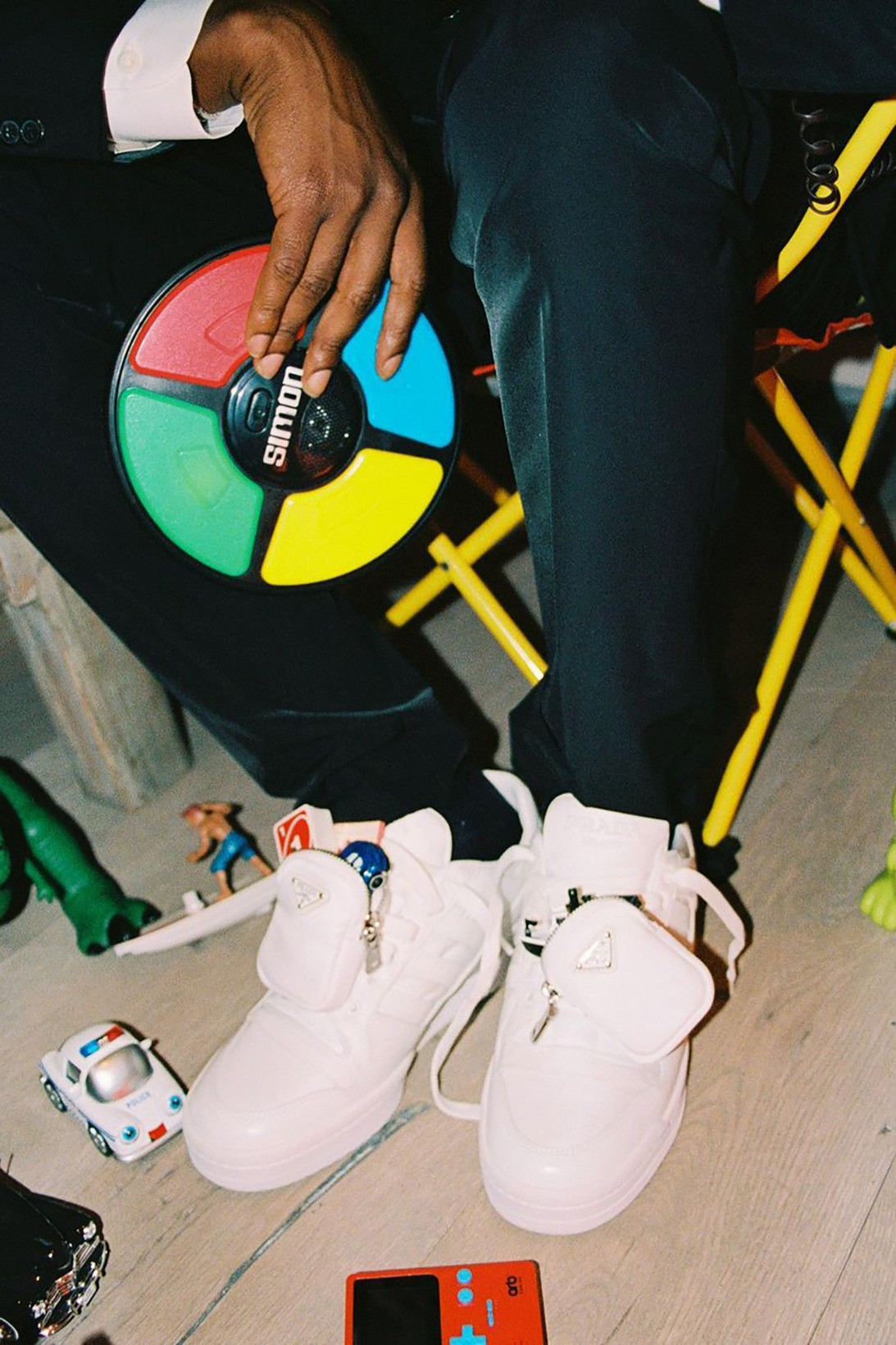 A $ AP Rocky may release a collaboration with Prada.  He has already shown the first thing (photo 1)